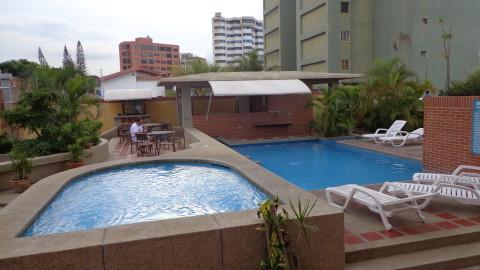 Piscina do Hotel Miramar em Caracas