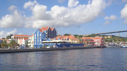 Restaurantes La Bahia e Gouverneur du Rouville - Willemstad Curaçao