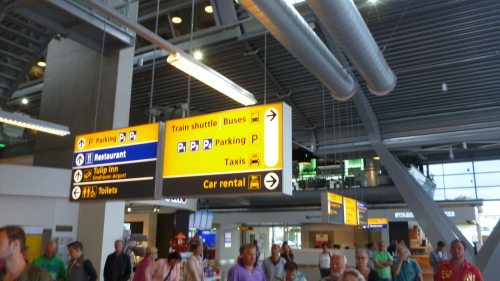 Sinalização Aeroporto Eindhoven