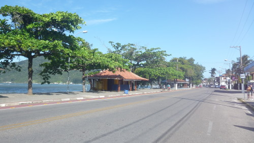 Avenida Leogivildo Dias Vieira - Itaguá - Ubatuba - SP